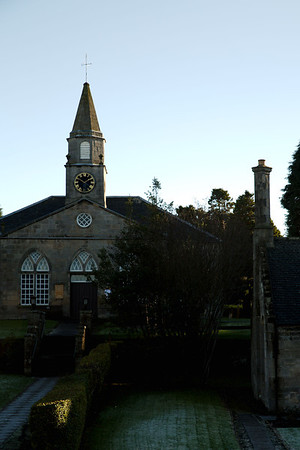 Walking around Currie Kirk and the old village in some lovely autumn sunshine